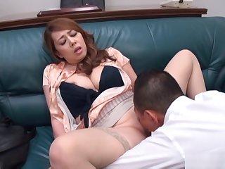 Kazama Yumi looks sexy in stockings