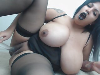 Latina BBW Amazing Solo Masturbation Video