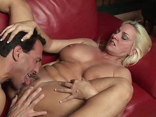 Eating out her mature cunt and fucking the old slut