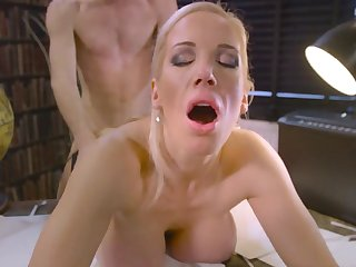 First-rate porn encounter encouragement under way with blonde Rebecca Moore