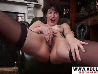 Hot short haired MILF Peach Mind Blowing Solo In Lingerie