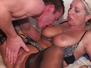 Deep Butt Sex For German Mother I´d Like To Fuck Bi Jenny And  - sucking cock