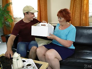 chubby mature Marsha gets fucked by her young neighbor on the couch