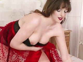 Kate Anne Beautiful Big Panties - Solo Video